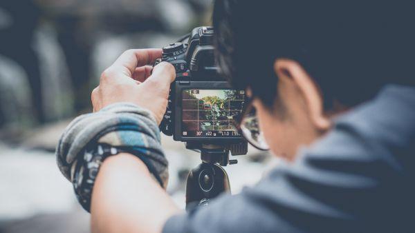 Dicas para tirar fotos divertidas e originais em suas viagens