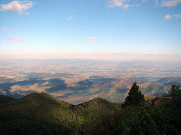 Aproveite os passeios em Campos do Jordão, vá no Pico do Itapeva