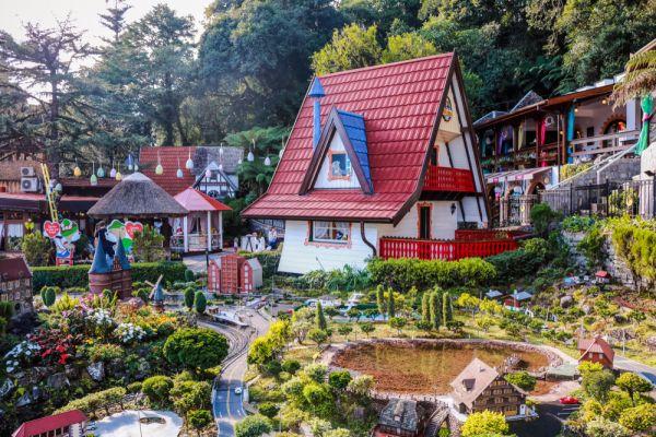 Conheça a serra gaúcha, visite o Mini Mundo em Gramado