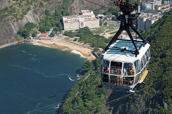 Bondinho do Pão de Açúcar, no Rio de Janeiro, ideal para a ressaca de Carnaval