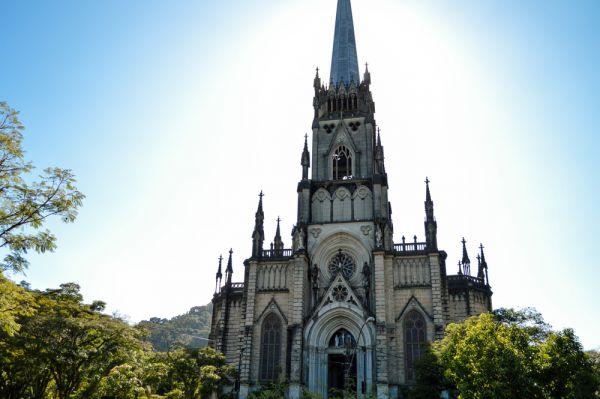 Catedral de Petrópolis, ideal para conhecer nas Olimpíadas