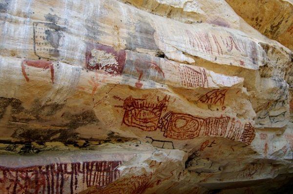 Conheça os grafismos rupestres no Parque Nacional do Catimbau