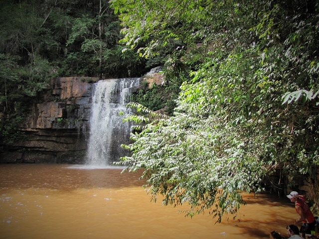 Parque Estadual Serra Azul, lugares com cachoeiras