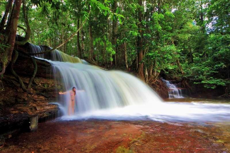 Cachoeira da Asframa, Manaus - AM   Crédito: Tom Alves