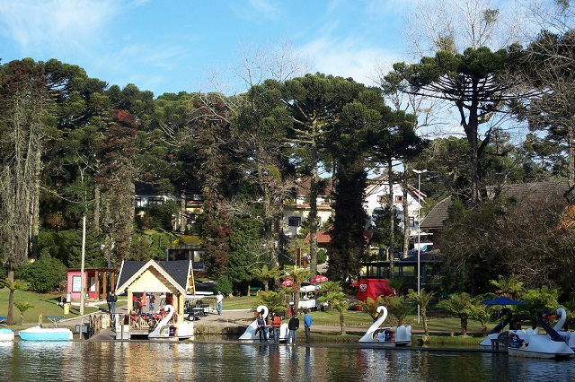 Lago Negro, em Gramado, cidade perfeita para fugir do Carnaval 2020
