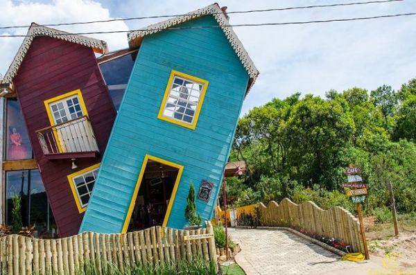 A Casa Torta, Tiradentes - SP | Foto: Banco de Imagens