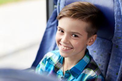 Crianças podem viajar sozinhas?