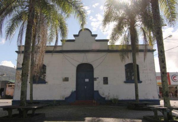 Cadeia - Ubatuba