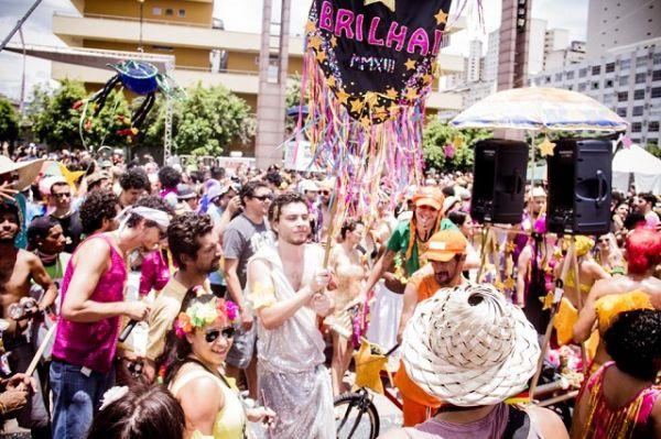 Blocos de rua 2020 da Praia, Praça da Estação - BH | Crédito: Circuito Fora do Eixo