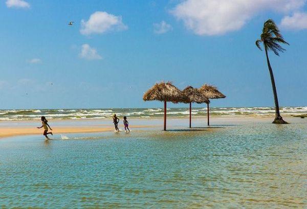 Praia do Pesqueiro, na Ilha do Marajó, um dos lugares pouco conhecidos