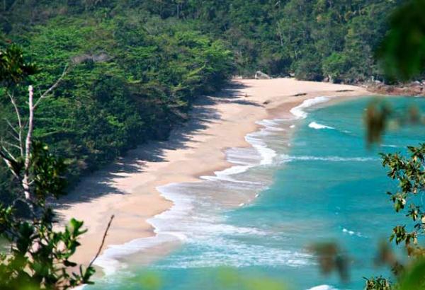 Conheça a Praia da Almada uma das praias paradisíacas do Brasil